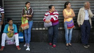 160127231636_venezuela_fila_624x351_ap_nocredit