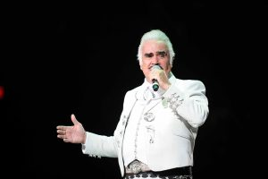Vicente Fernandez performs at the Allstate Arena on Saturday, October 20,2012.