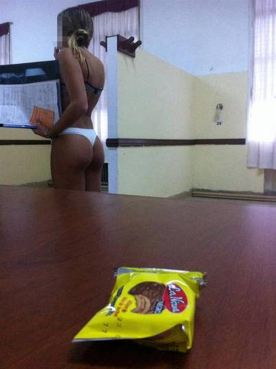militar nude